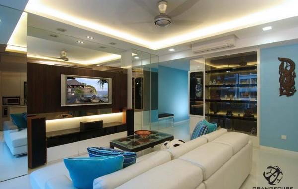 Successful White-Black-Blue Home
