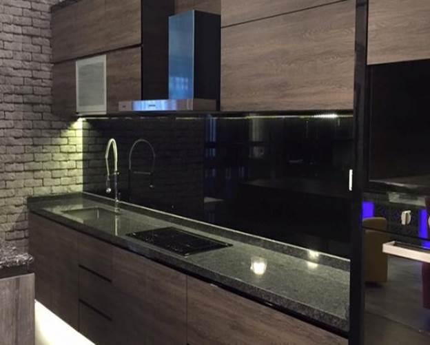 8 simply amazing kitchen design ideas for Kitchen design singapore