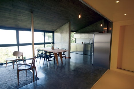 Chipinque-–-Apartment-Renovation-by-Studio-Jakob-Gomez_dezeen_468_14