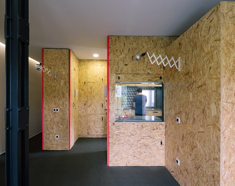 POP-UP-House-by-TallerDE2_dezeen_468_1