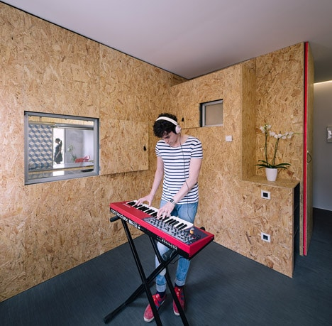 POP-UP-House-by-TallerDE2_dezeen_468_5