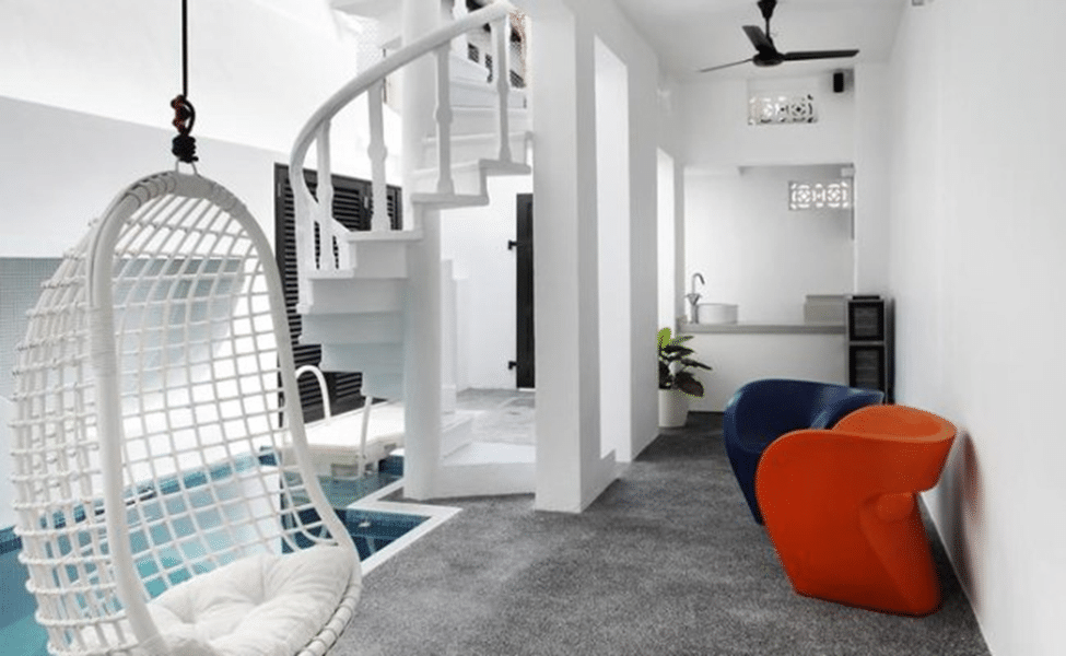 Chic Creative Studio Style Apartments (10)