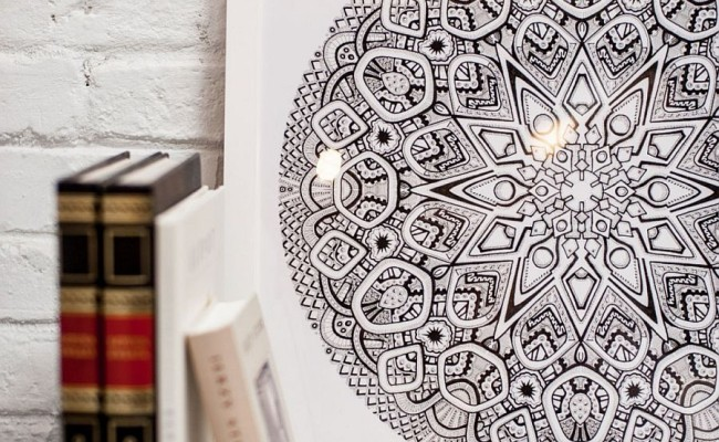 Use-of-Mandalas-to-create-interesting-pattern-to-the-living-space