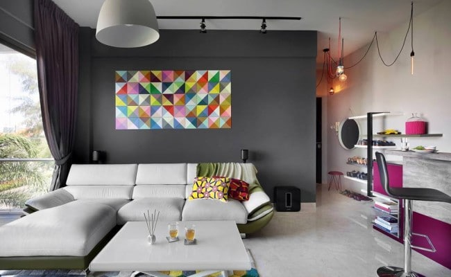 Wall Decorations with Fabulous Features Spice up These Modern Apartments