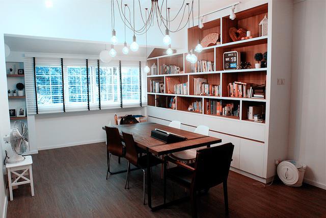 Shelves (8)