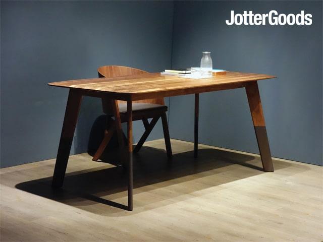 JotterGoods-Compass Table