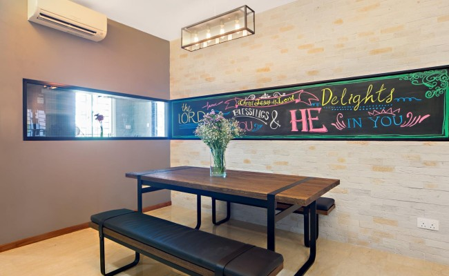 Modern Design with clever framed chalkboard! (2)