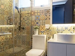 Unique Bathroom Tile designs and ideas: An easy way to revamp your bathroom