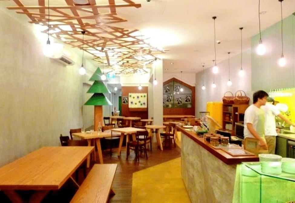 Rustic Restaurant (1)