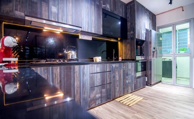 Scandinavian apartment combining glass with wooden flooring, concrete floor! (4)