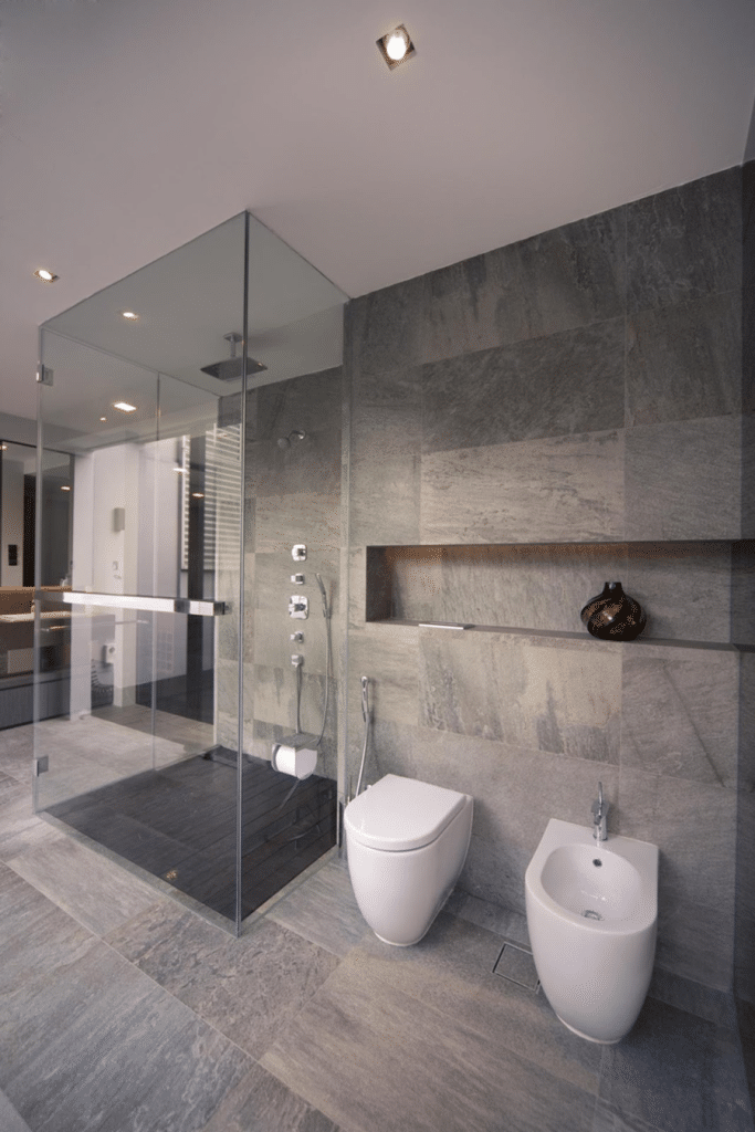 EXTRAVAGANCE AND INVITING BATHROOM DESIGNS (5)