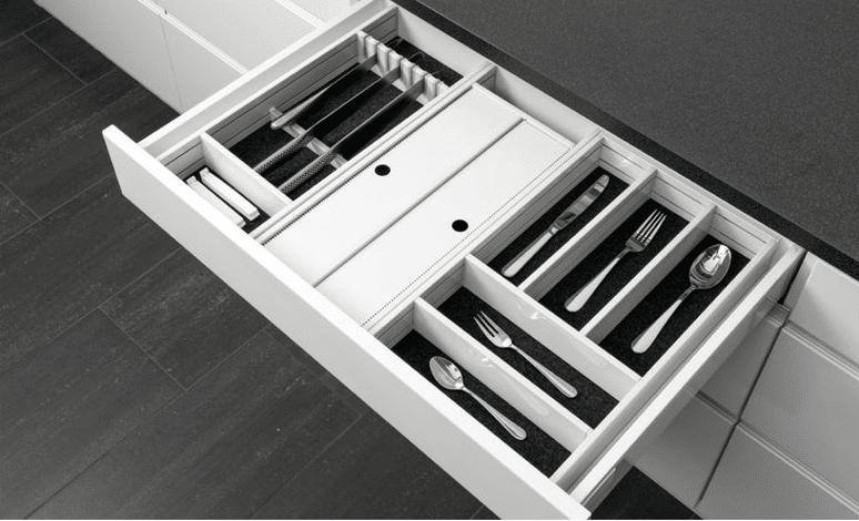 Plan Your Kitchen Storage for Maximum Efficiency (4)