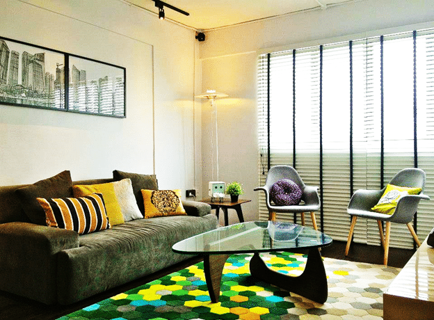 CLASSICALLY COOL  AND COLORFUL LIVING ROOM DESIGNS
