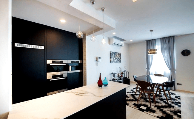 Beautiful Living Spaces That Are Highly Functional and Cozy (6)