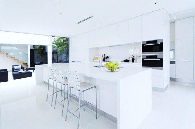 Marvelous kitchens with eye striking colors (4)