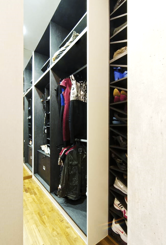Closets – Designing Behind the Scenes (5)