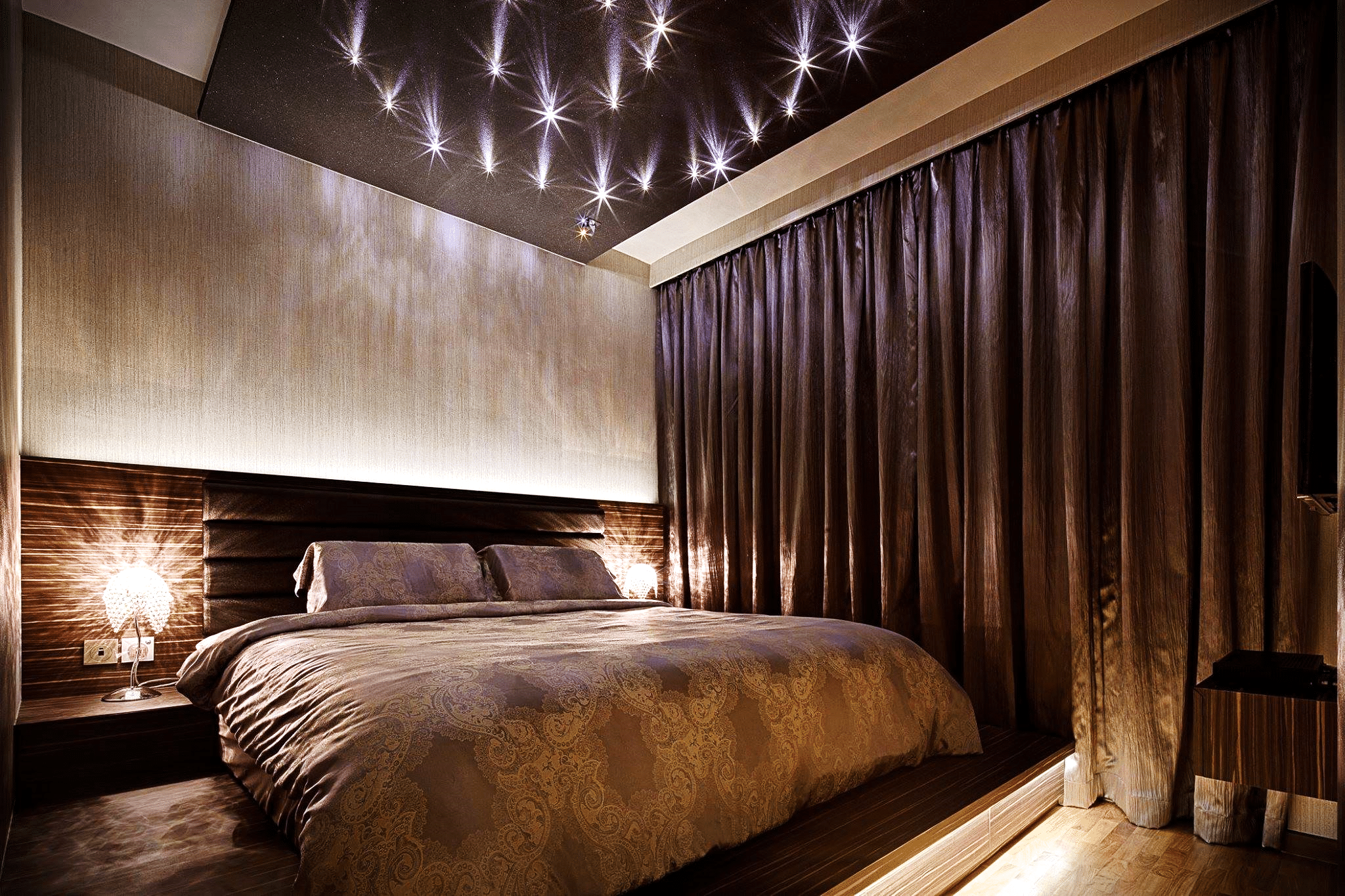 Exceptionally Eloquent – The Art of Modern Bedroom Design (3)