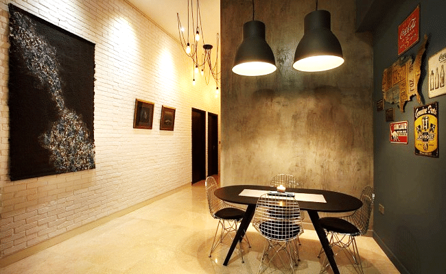 Timeless Allure of a Brick Wall for These Home Interiors (1)