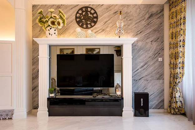 The Mantle Design Below Is Accessorized By Baubles That Actually Conceptualize Overall Theme Of Interior And Complement It As A Whole
