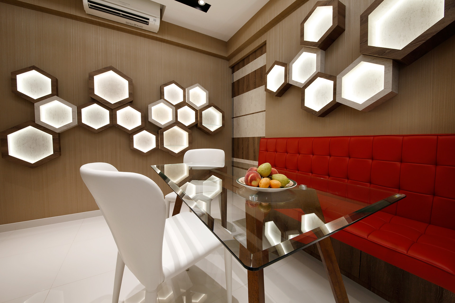 modern brown interior with wall hive design 4 home renovation singapore. Black Bedroom Furniture Sets. Home Design Ideas