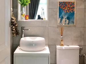5 Truly Unique Bathroom Vanity Designs