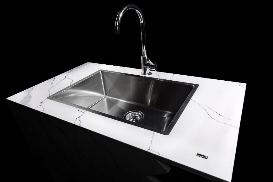 Qualities & Common Problems To Look Out For When Choosing The Right Kitchen Sink