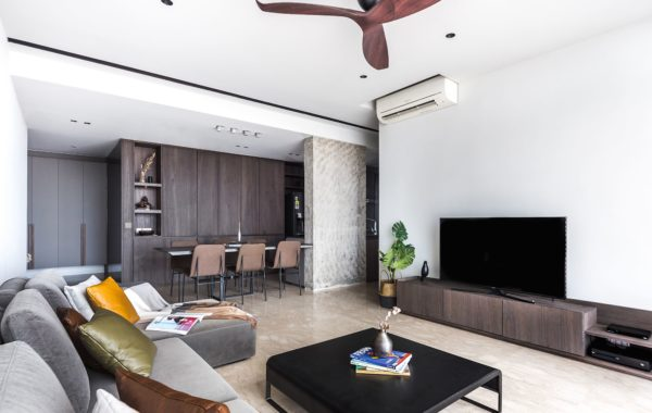CLEAN & SPACIOUS MAKES THE PERFECT HOME