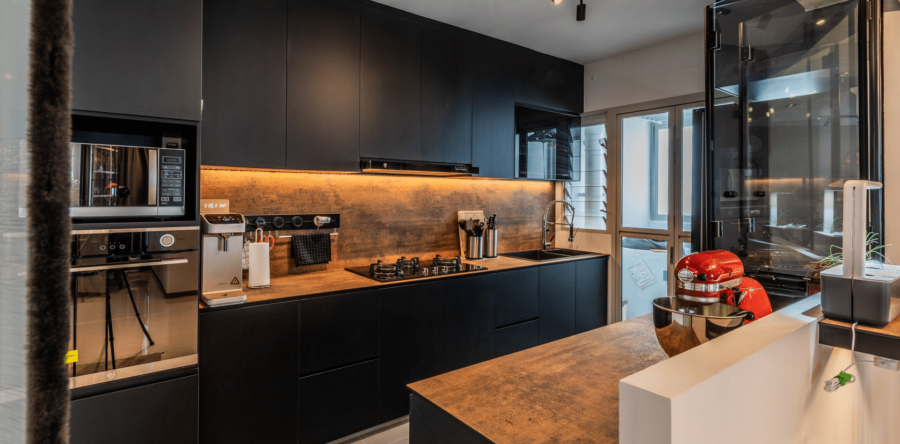 4 Kitchens That Prove Dark Can Be The Most Stylish Colour
