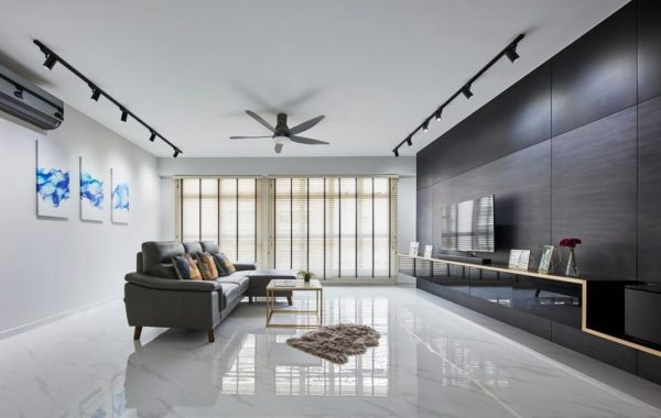 Lustrous and Contemporary Spacious Home