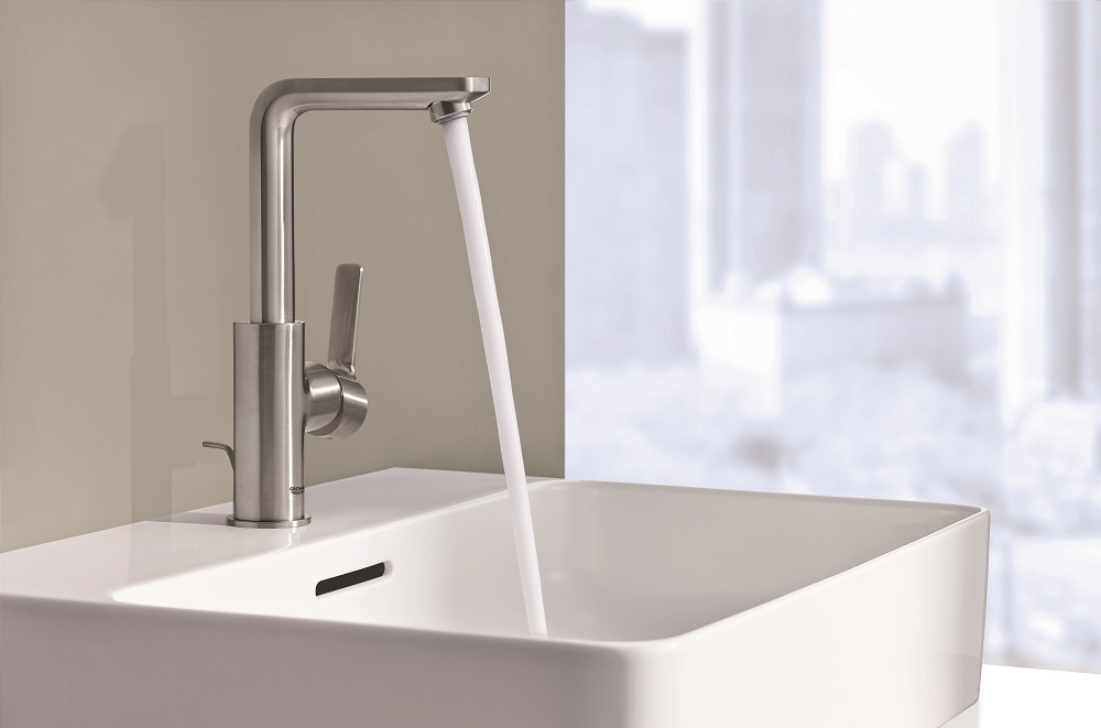"""Face Lift"" Your Bathrooms with GROHE's Latest Lineare Collection"