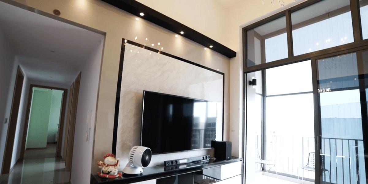 Interior Design Singapore | Modern High Ceiling Condo (Livinci Interior Design)